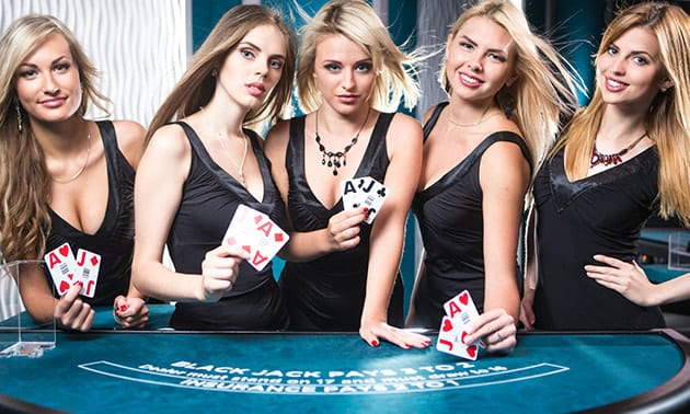 Live Casino Blackjack with Live Dealers Ready to Take Your Bets for Live Betting on Blackjack