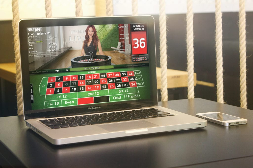 Play on Laptop and Connect to Live Interactive Dealers