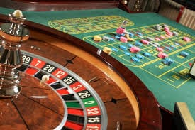 Play Online Roulette and Learn The Best Roulette Strategy