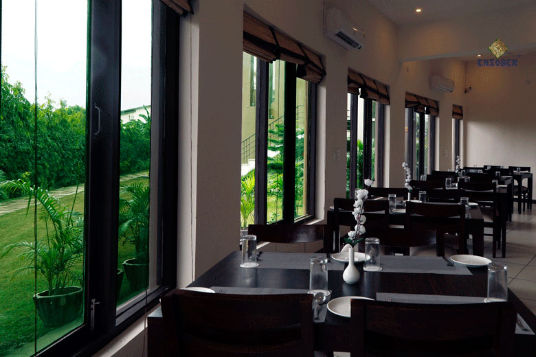 Corbett Panorama Resort - Restaurant 13