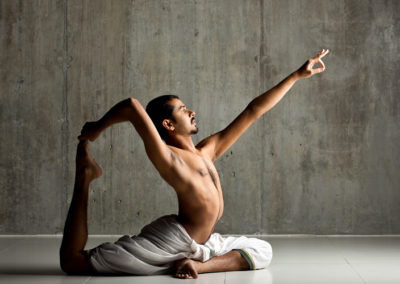 Trupteesh Hurikadale - Oil Yoga - slider -2