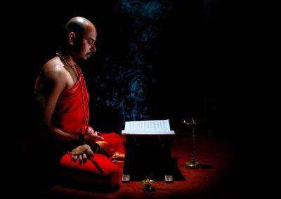 Study Oil Yoga with Yogi Trupta