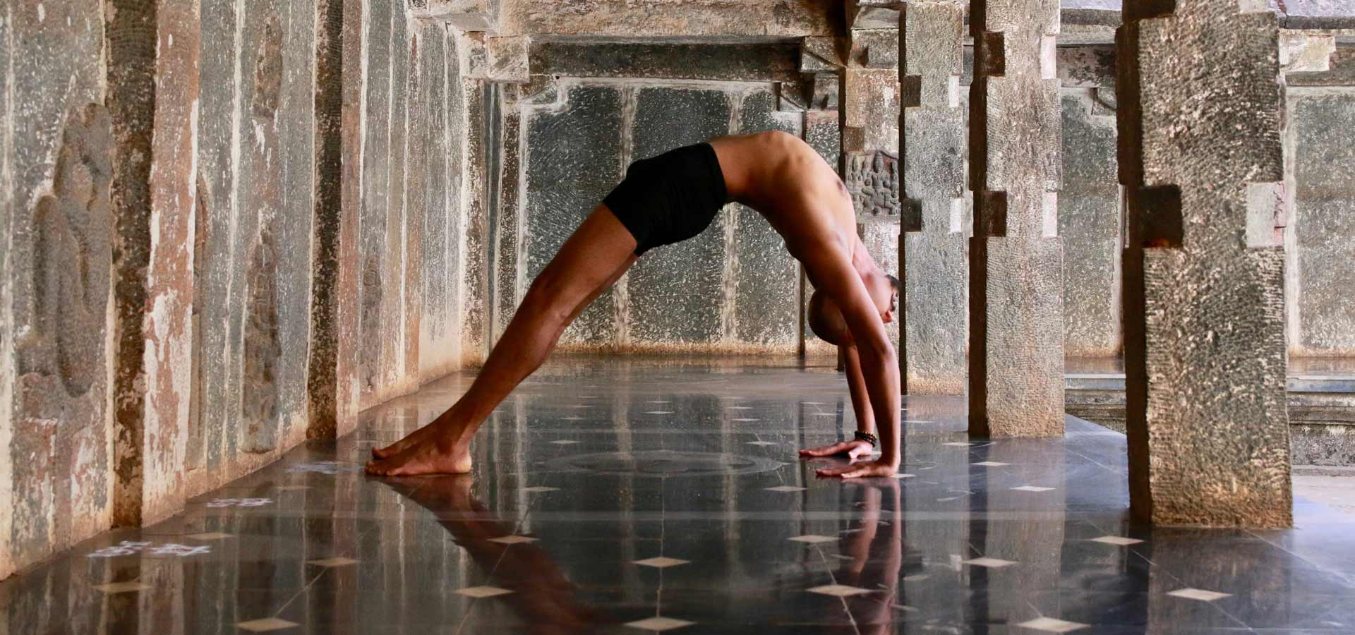 Oil_Yoga-Trupteesh-Hurikadale_00002