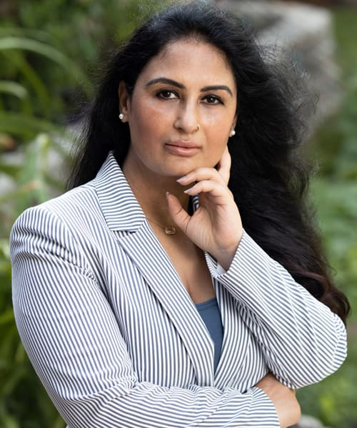 Neena Bhagat, MD