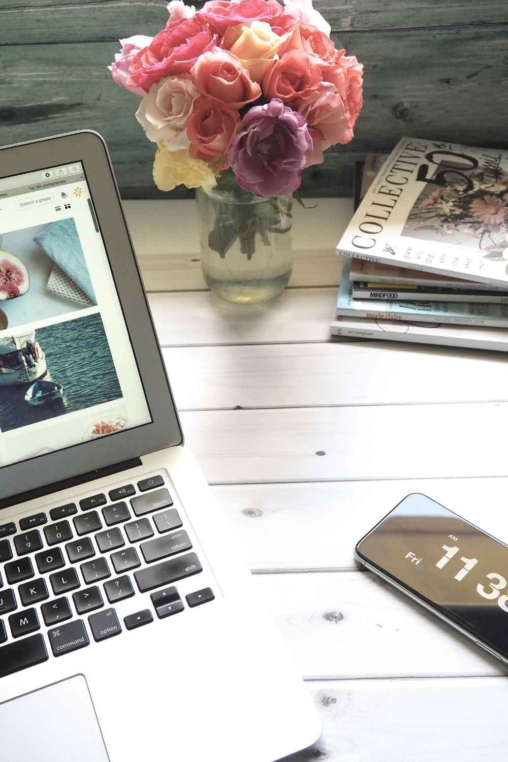 a laptop that is blogging