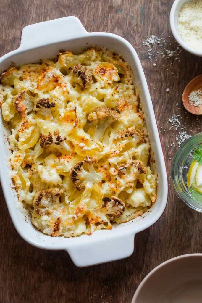 dish of cauliflower cheese