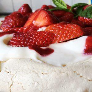 meringue with cream and strawberries