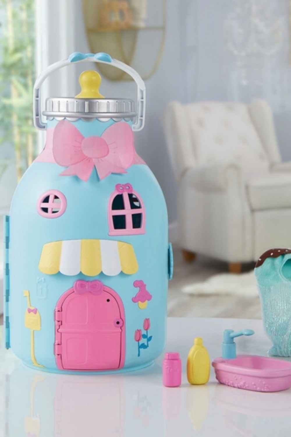BABY born Surprise Bottle Playset closed