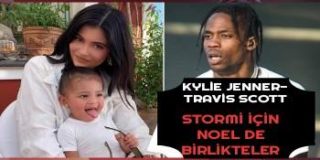 Kylie Jenner ve Travis Scott Noel