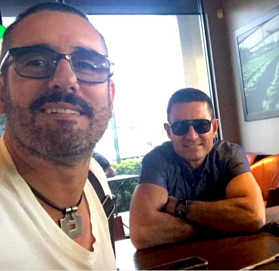 """Miguel Varoni, director de la cuarta temporada de """"Señora Acero"""", publicó la foto con Fernando"""