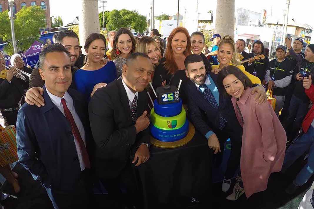Todo el elenco de Primer Impacto con Myrka, María Celeste y hasta Ángela Aguilar