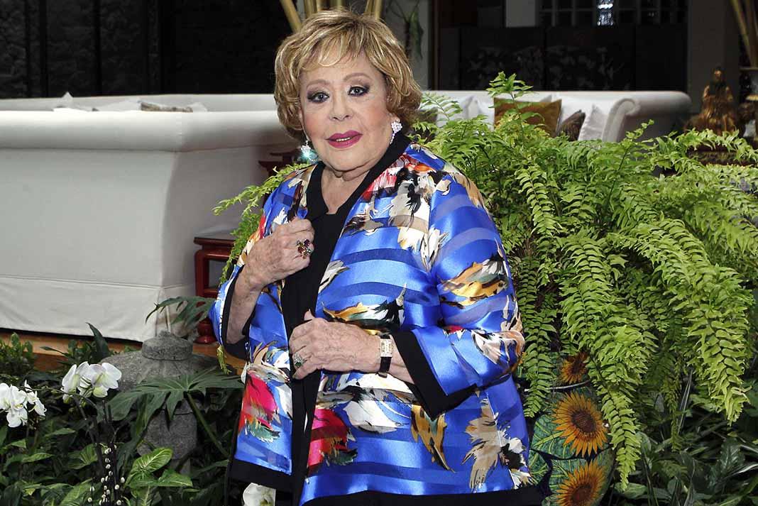 Silvia Pinal dice que su vida ya la conoce todo el mundo