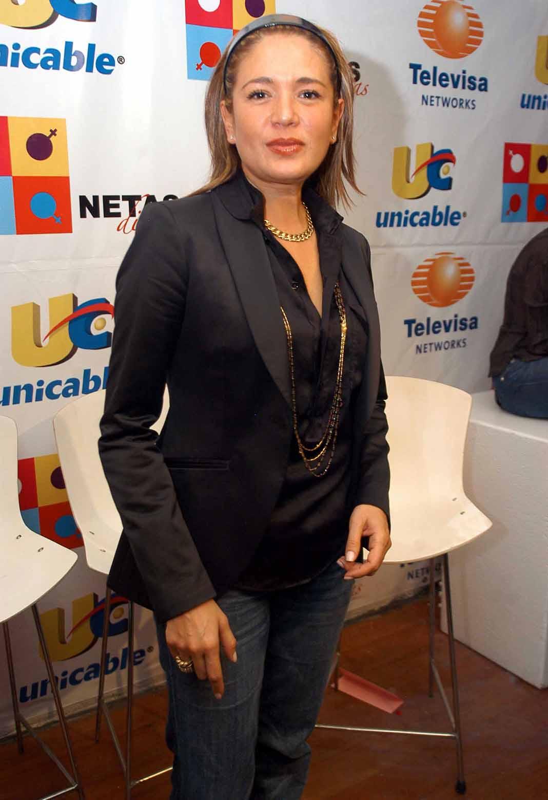 Yolanda Andrade no se retracta e insiste en tener fotos y video de su supuesta boda con Verónica