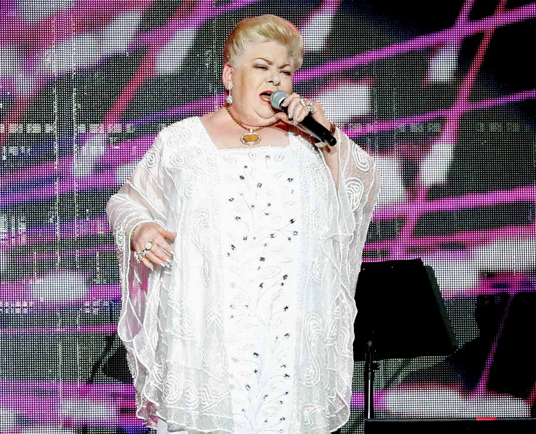La cantante sufre de apnea del sueño y no estuvo usando su máscara de oxígeno para dormir como debía