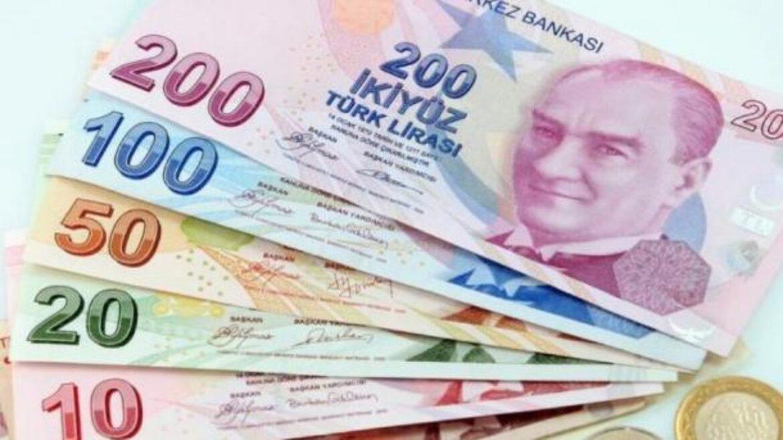 بلومبرج: الليرة التركية تتجه لتكبد أكبر خسارة شهرية في أكتوبر خلال عامين