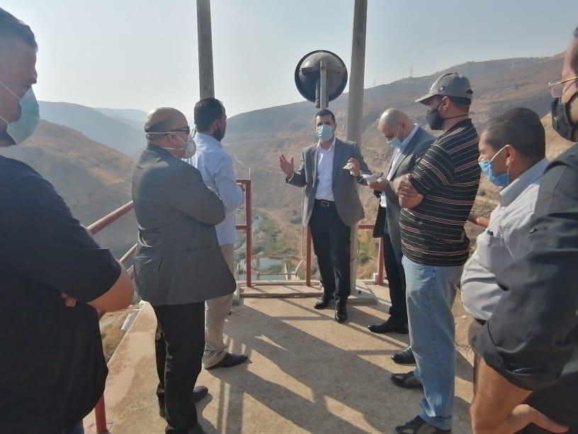 وزير المياه والري يتفقد سد الملك طلال ويطلع على الخطة التنفيذية لادارة السد