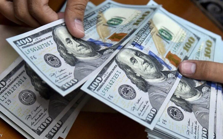 الدولار يستقر لكن في ظل توقعات بمزيد من الخسائر مع استمرار فرز الأصوات في أمريكا