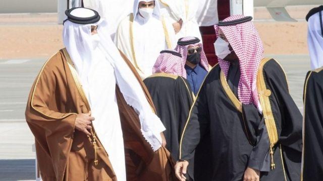 """فاينانشال تايمز: """"لا فائز في نهاية المواجهة مع قطر"""""""
