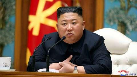 """زعيم كوريا الشمالية يتعهد بتعزيز """"قوة الردع النووية"""" لبلاده وبناء أقوى قدرات عسكرية وشقيقته تصف سلطات الجنوب بأنها """"غبية"""""""