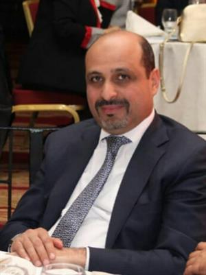 متصرف عين الباشا يجري زياره تفقدية لمقر مجمع الجمعيات الخيرية ..