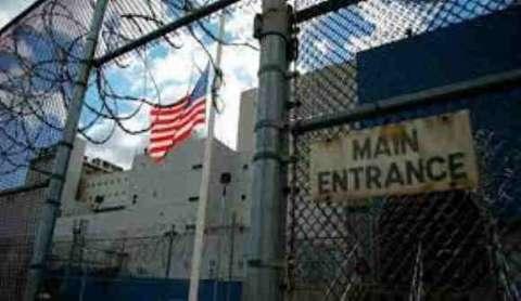 """نيويورك تايمز: وفاة أكثر من 2700 سجين بمرض """"كوفيد-19"""" في أمريكا"""