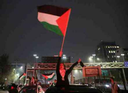 فاينانشال تايمز: عمليات الإجلاء تؤجج الصراع الإسرائيلي الفلسطيني
