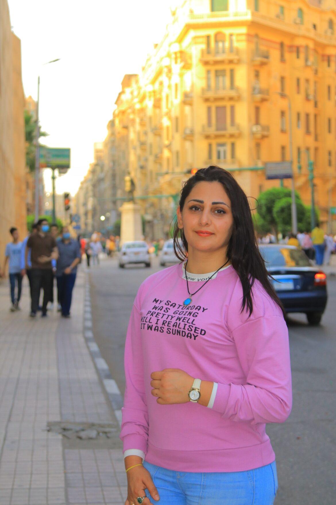 أُردنية تنير شوارع مصر