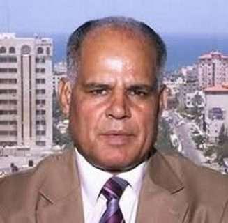 بيان المثقفين والتحرك لتغيير عباس.. لماذا نعترض؟