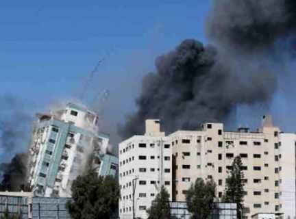 الإندبندنت: عن أشد الليالي دموية في الهجمات الإسرائيلية على غزة