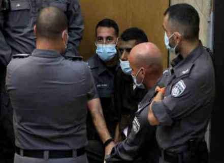 """الأسرى الفلسطينيون الأربعة يواجهون تهما بالتخطيط لعملية """"تخريبية"""" تصل عقوبتها إلى السجن 20 عاما"""