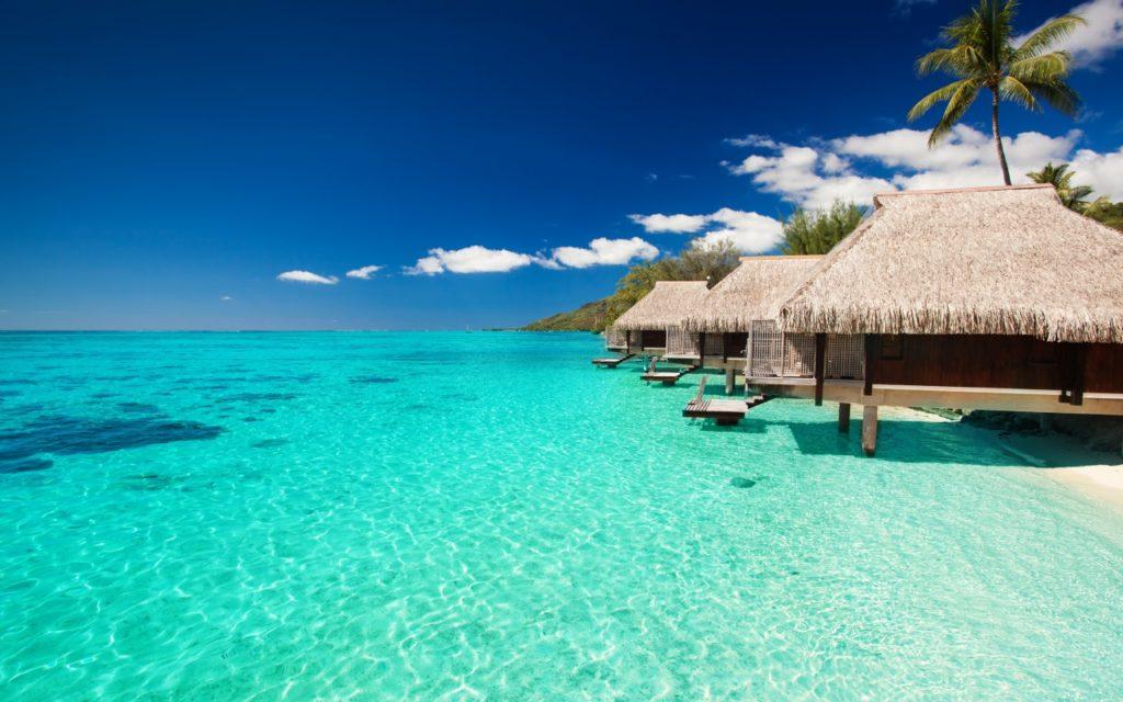 maldives-tropical-bungalows-sky-1280x800