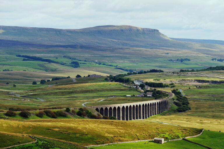 Ribblehead Viaduct - Image by Kreuzschnabel/Wikimedia Commons