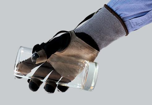 pliance® glove sensor - force measurement   novel.de