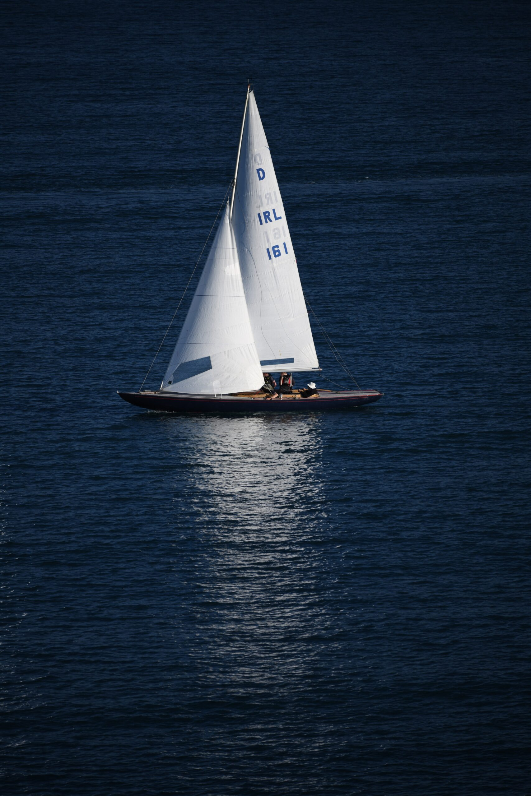 photo-of-sailboat-on-ocean-2407490