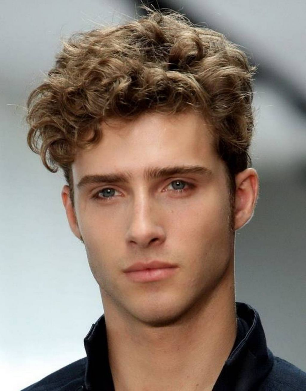 mens short medium length hairstyles for menhaircuts for men short hairstyle