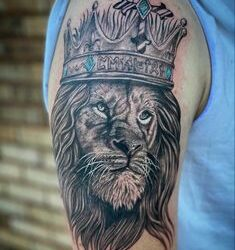 40+ Best Lion Tattoo Designs 2020