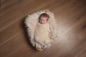 Lottie newborn 3