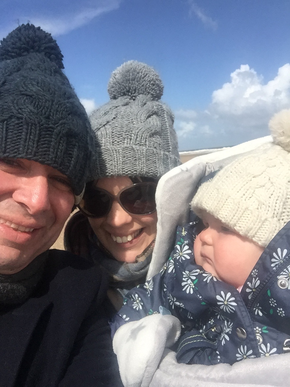 Family photo Norfolk beach