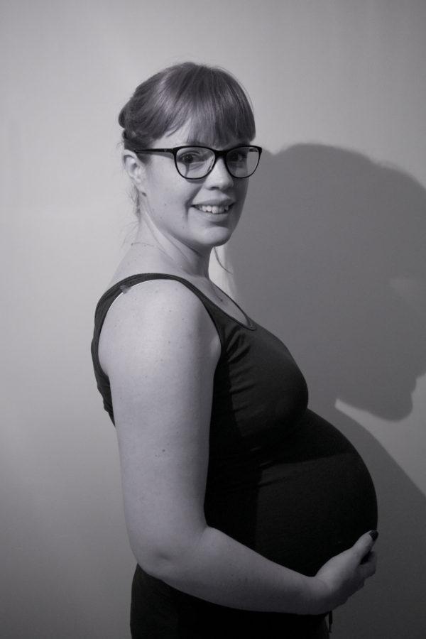 29 week pregnant woman
