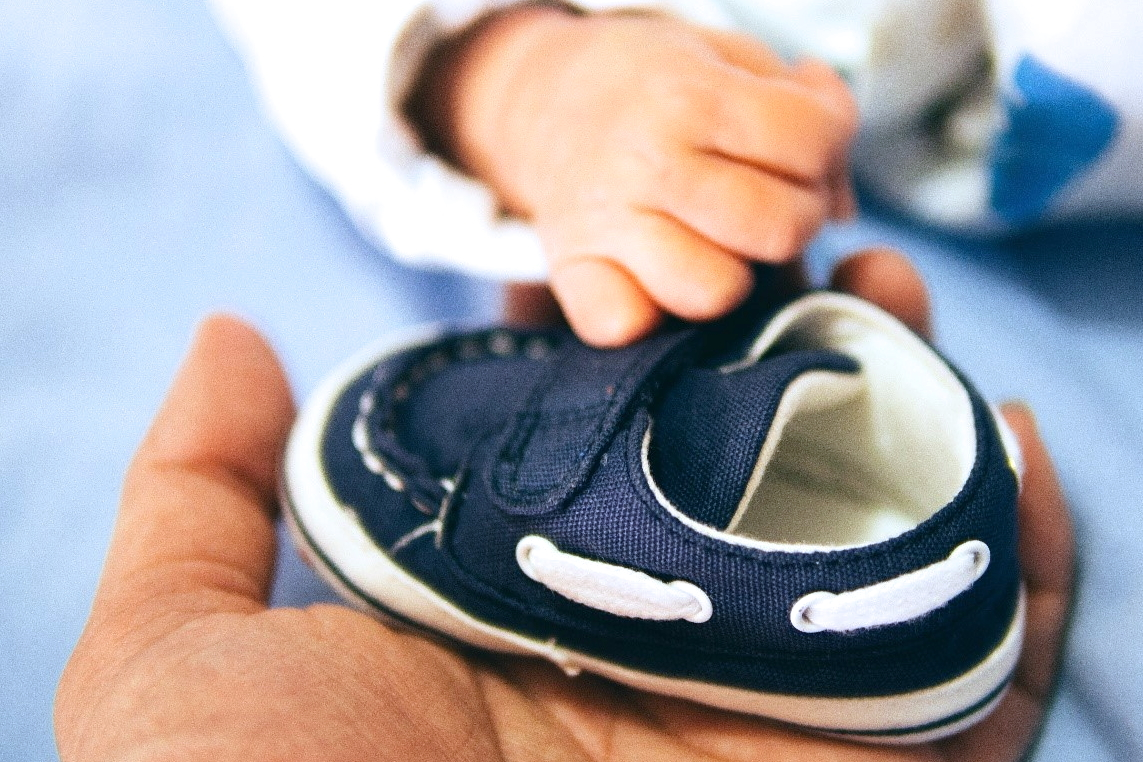 Sending baby gifts overseas – Top tips and advice