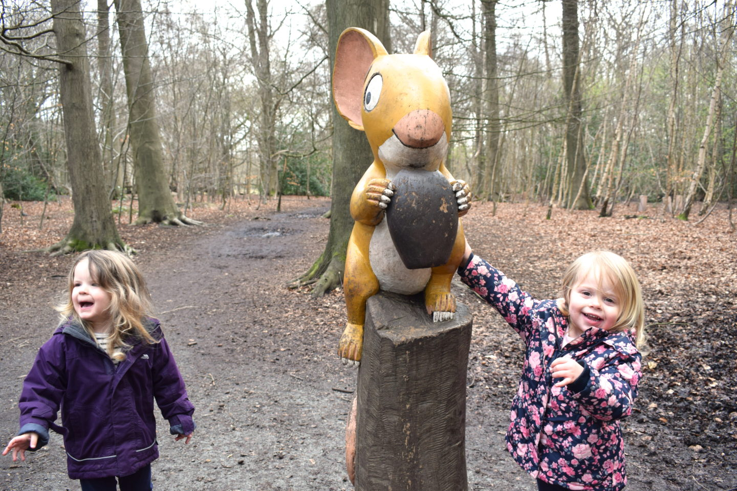 The Gruffalo Trail, Essex mouse with two little girls