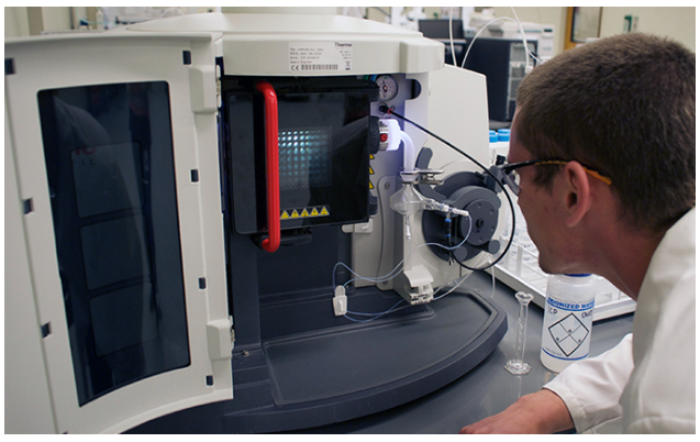We are experts in laboratory systems.