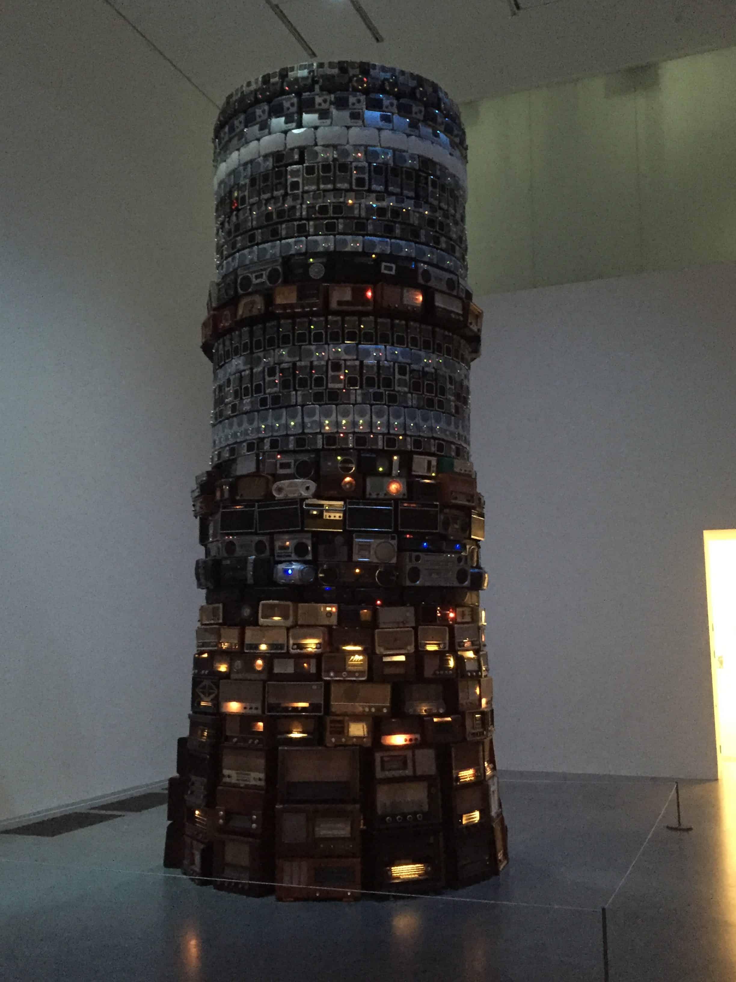 Torre de Babel Cildo Meireles