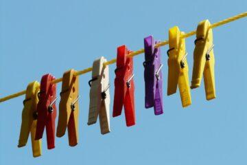 clothespins-clothes