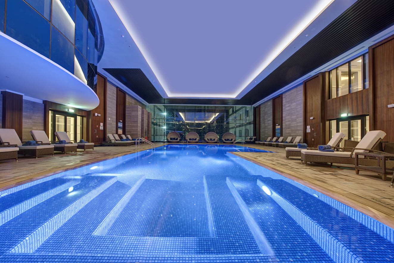 Hotel Dukes The Palm Indoor Pool