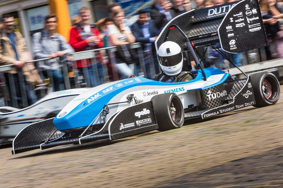 FSTD-Rollout-Worcflow-Courtesy of Formula Student Team Delft (1)
