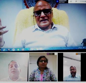 देश की राष्ट्रभाषा हिन्दी होनी चाहिए,हिन्दी देश में सर्वाधिक बोली जाती है -प्रो. भगवती प्रकाश,कुलपति गौतम बुद्ध विवि