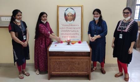 मंगलमय संस्थान में पूर्व राष्ट्रपति डॉ. राधा कृष्णन को शिक्षक दिवस की पूर्व संध्या पर किया याद