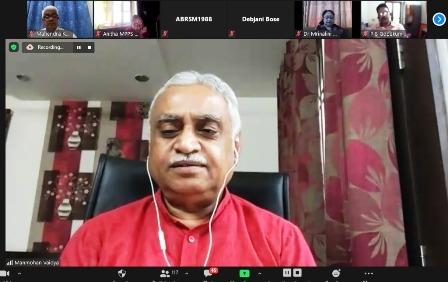आने वाली पीढ़ी के सामने भारत की संस्कृति व परम्परा को बताना चाहिए-डॉ. मनमोहन वैद्य