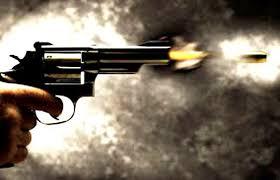 उधार के पैसे मांगने पर गोली चलाने का आरोप: